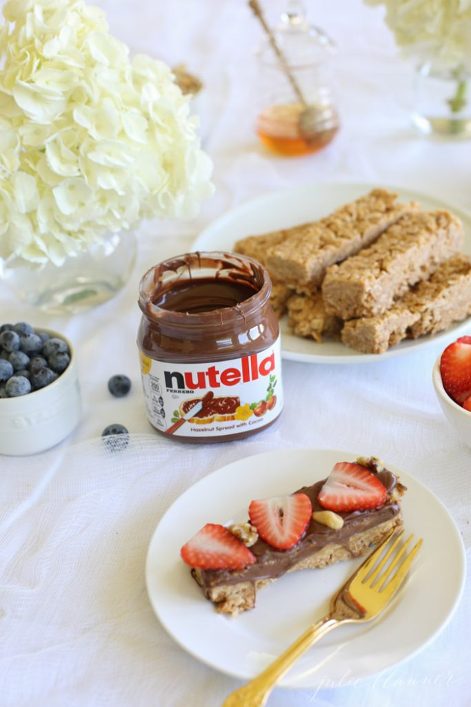 Nutella No Bake Granola Bars recipe