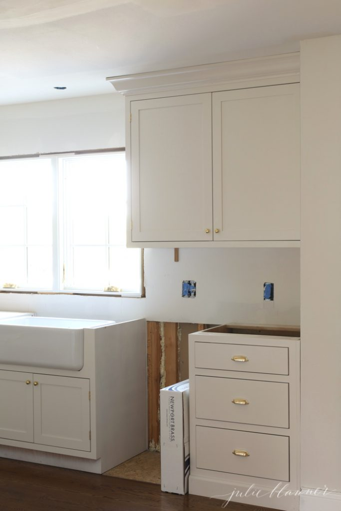 Classic Kitchen: Unlacquered Brass Cabinet Hardware