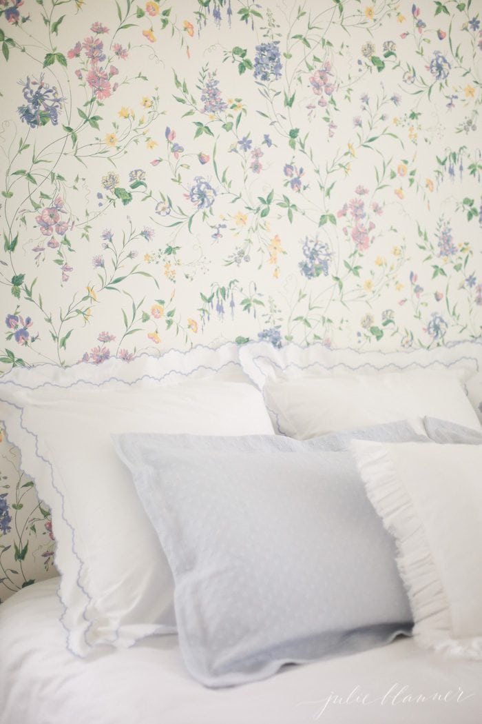 how to make a headboard using pillows