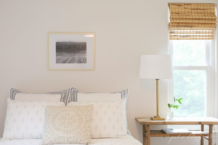 fresh bedroom colors for a serene space