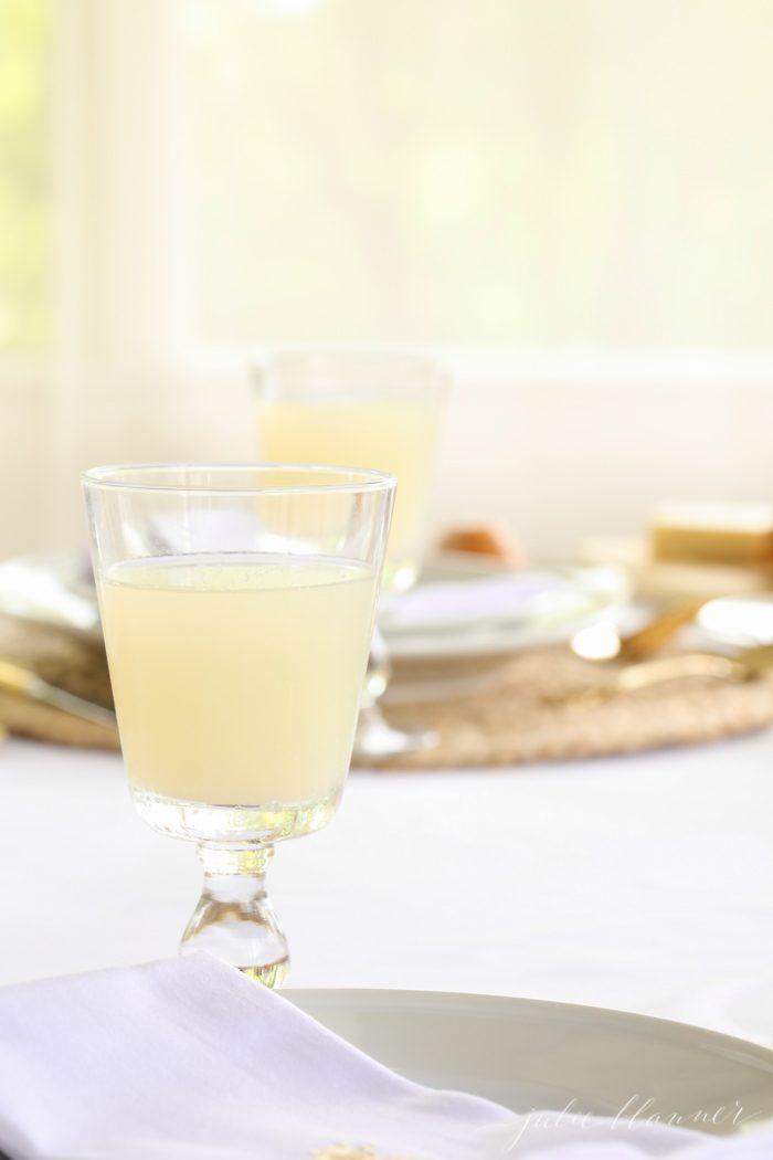 naturally sweetened refined sugar free honey lemonade in just 60 seconds