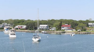 best way to get to and from martha's vineyard
