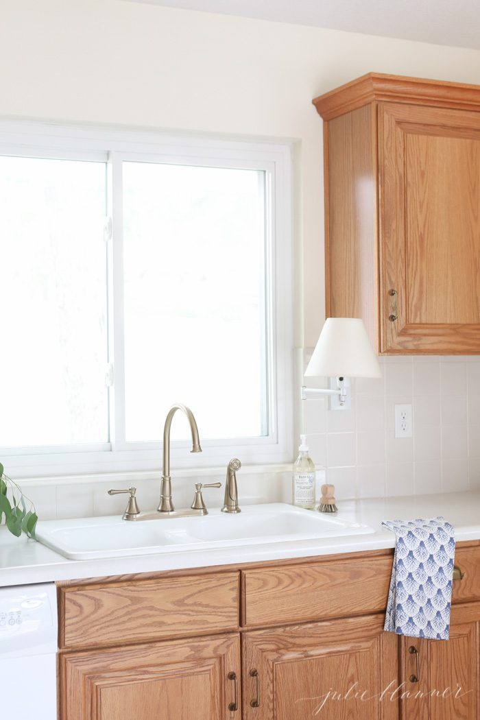 how to update oak kitchen cabinets on a budget.
