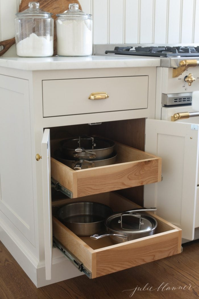 pullout cabinets to store pots and pans