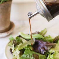 Easy Balsamic Vinaigrette (Healthy Balsamic Vinaigrette Recipe)
