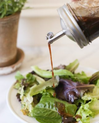 recipe to make balsamic vinaigrette