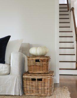 natural fall decorations   heirloom pumpkin accent