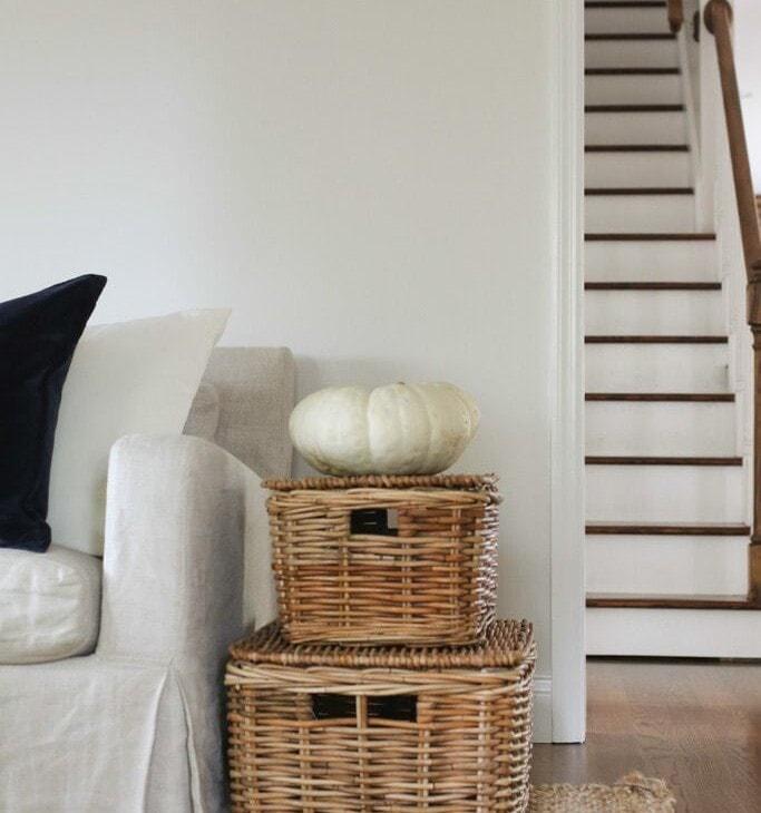 natural fall decorations | heirloom pumpkin accent