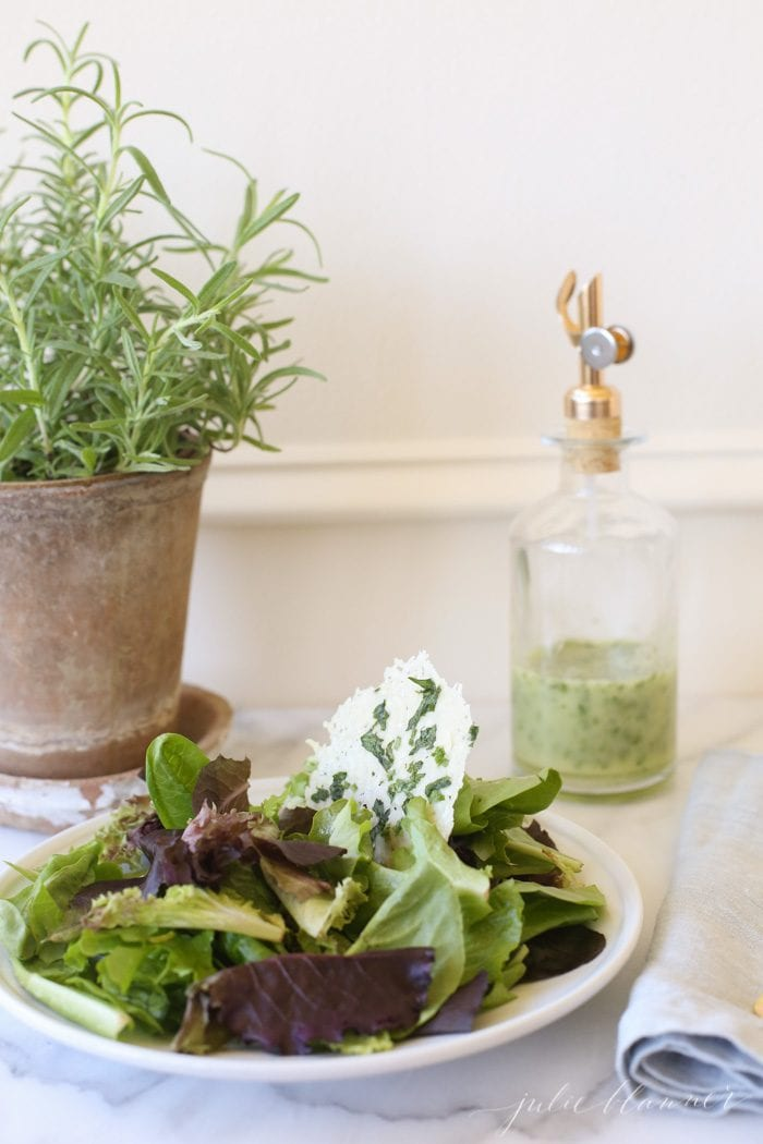 how to make an herb vinaigrette dressing