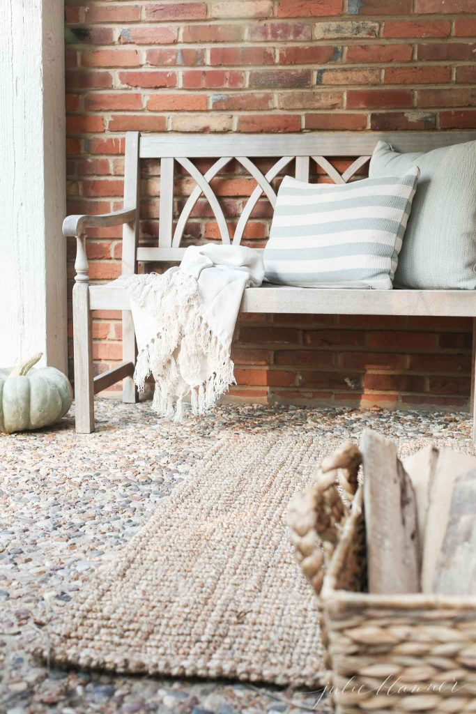 how to decorate a porch for fall