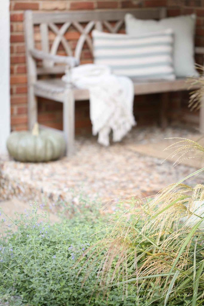 simple fall porch decor ideas