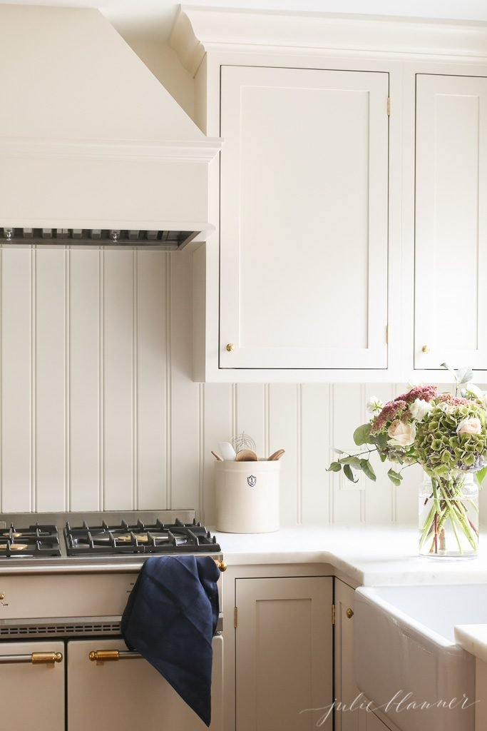 Classic Kitchen: Beadboard Backsplash