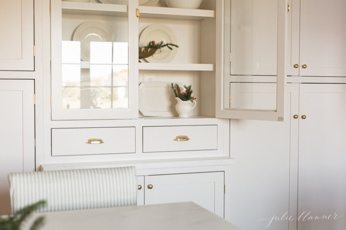 Christmas decorating ideas for a hutch / cabinet