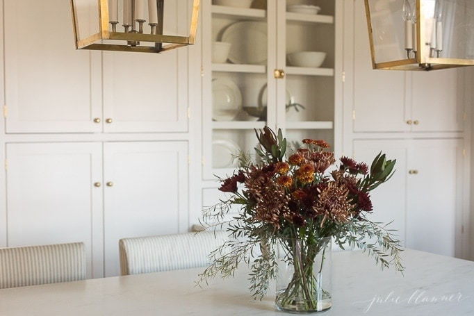 how to arrange mums   entertaining blogger shares a step by step tutorial to arrange flowers