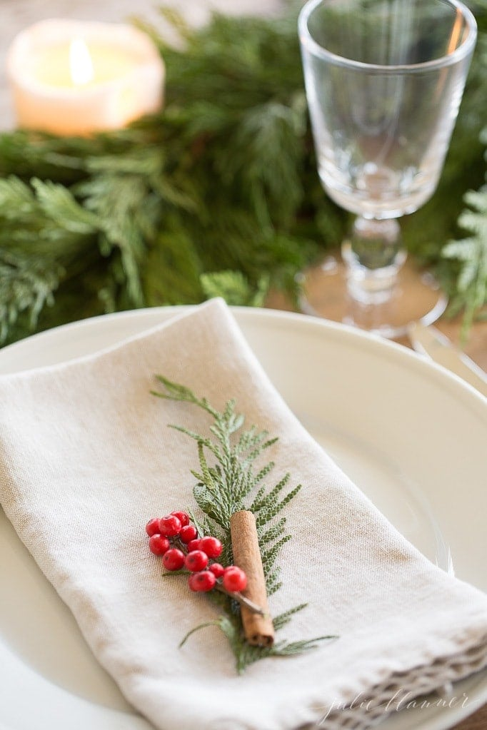 Christmas garland centerpiece tutorial