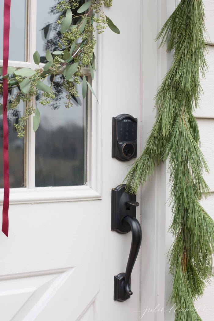 simple christmas door decorations