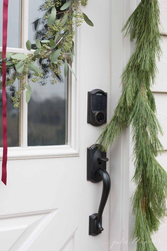 simple christmas door decorations