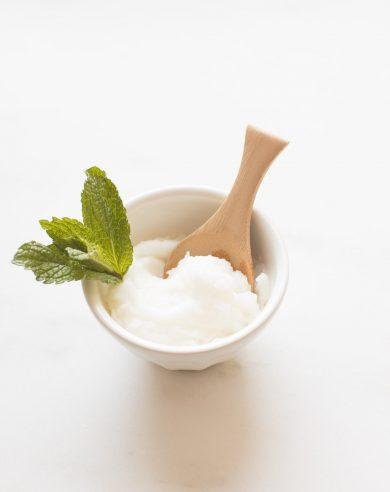exfoliating lip scrub recipe