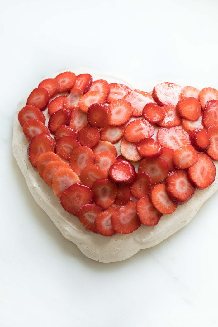 heart shape meringue and strawberries valentines dessert recipe
