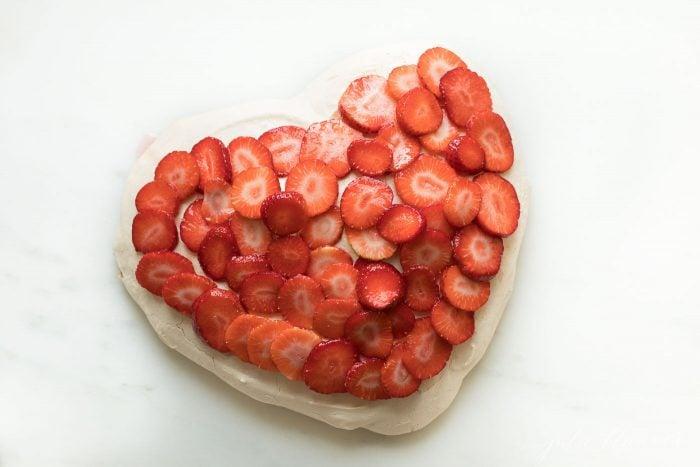 meringue valentines day dessert