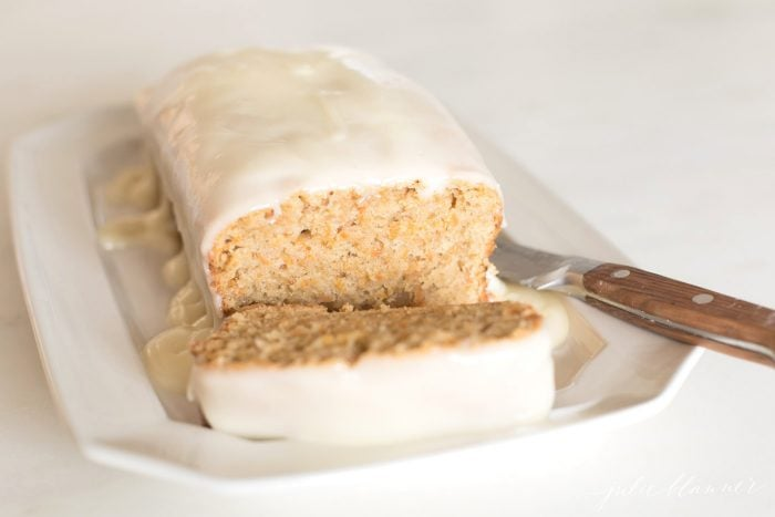 carrot cake bread with cream cheese glaze