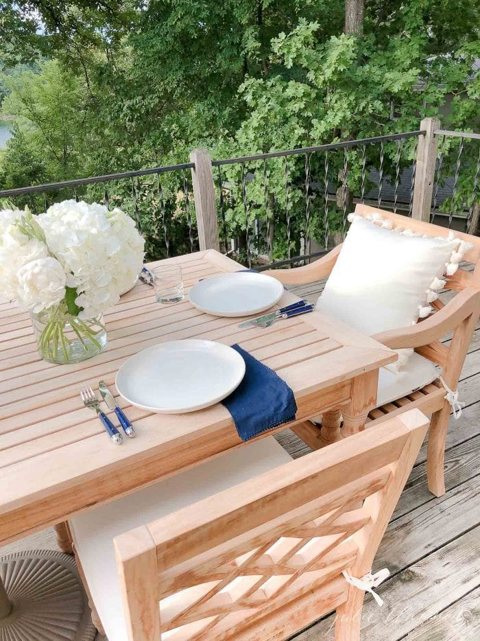 effortless outdoor entertaining