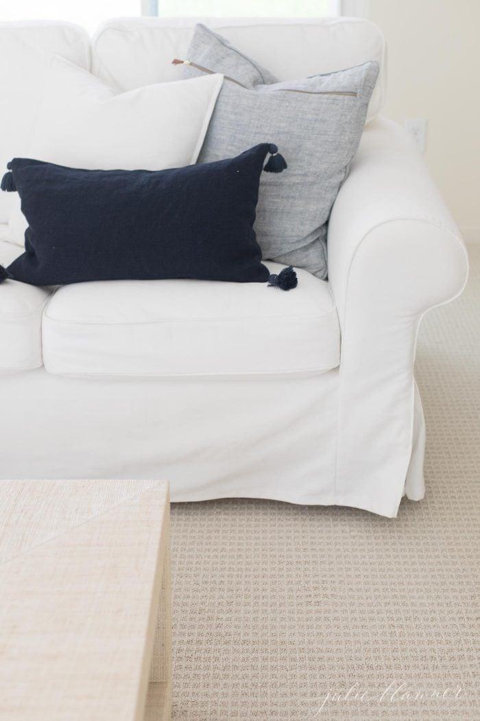 wall to wall carpet flooring