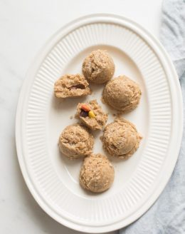 no bake oatmeal peanut butter cookies stuffed with reese's pieces