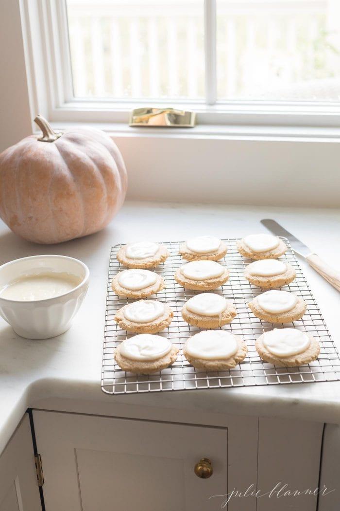 how to glaze pumpkin sugar cookies