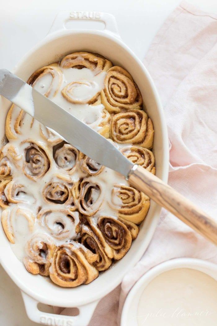 cinnamon rolls in casserole dish