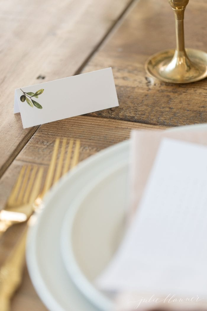 use place cards for christmas games