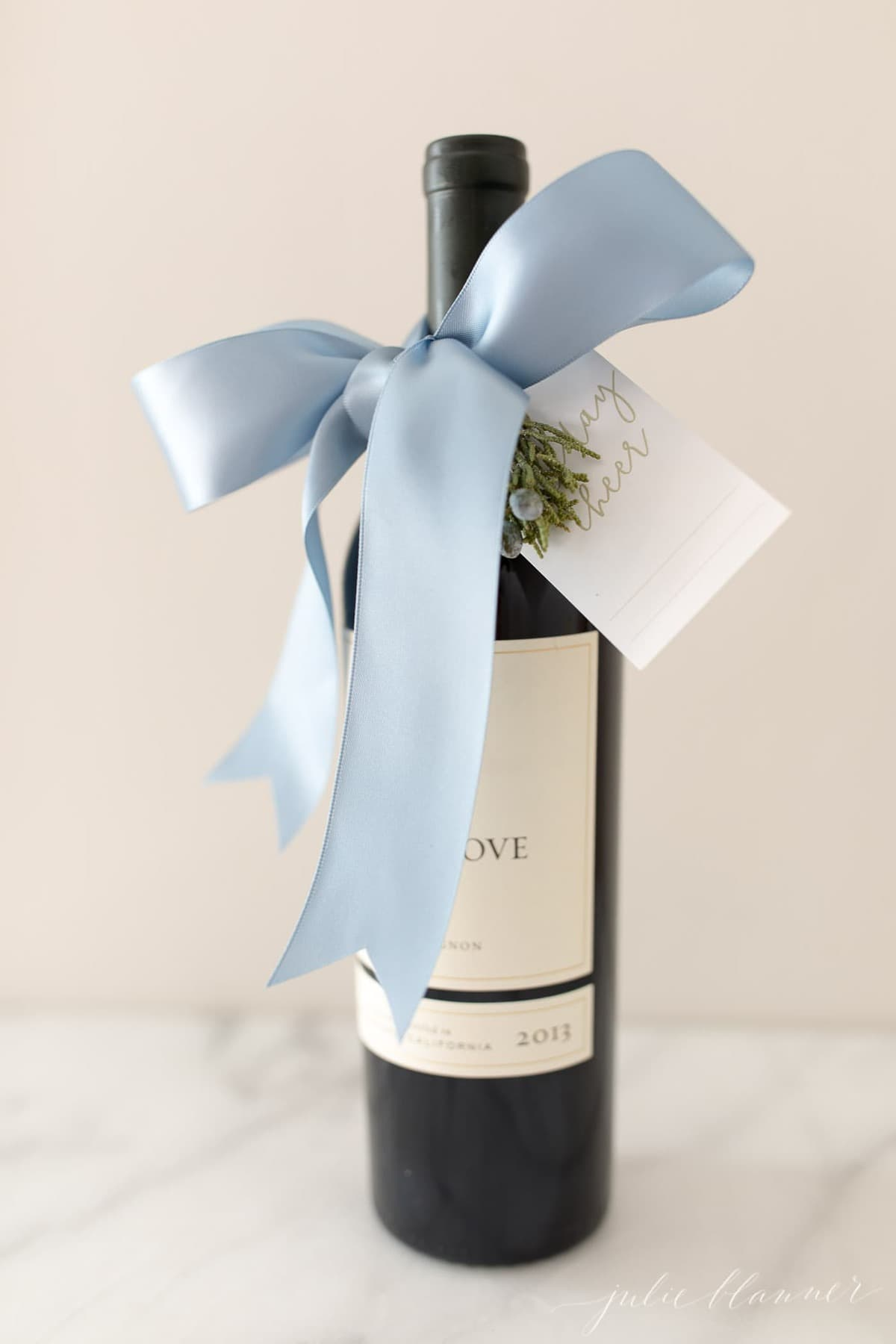 how to gift wine