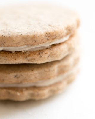 latte sandwich cookies