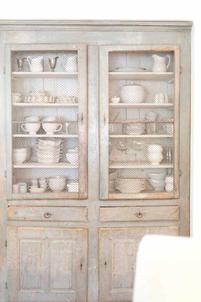 vintage farmhouse decor