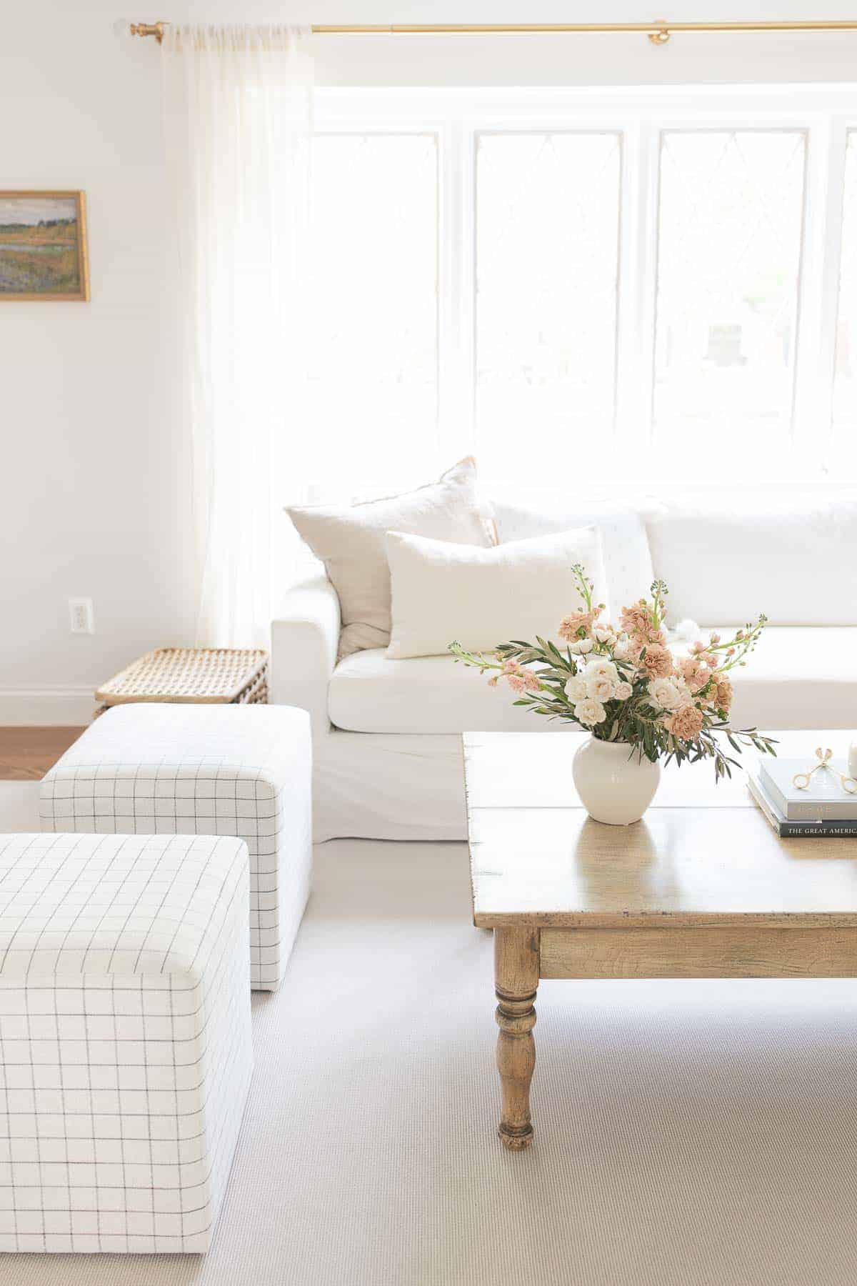 neutral living room with spring flowers