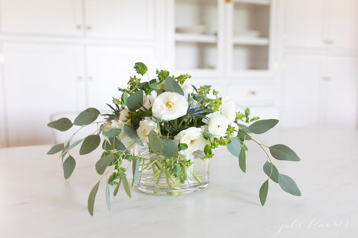 How To Design A White Ranunculus Flower Centerpiece