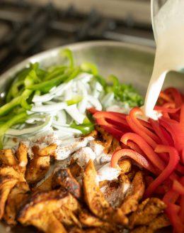 how to make cajun creamy chicken pasta