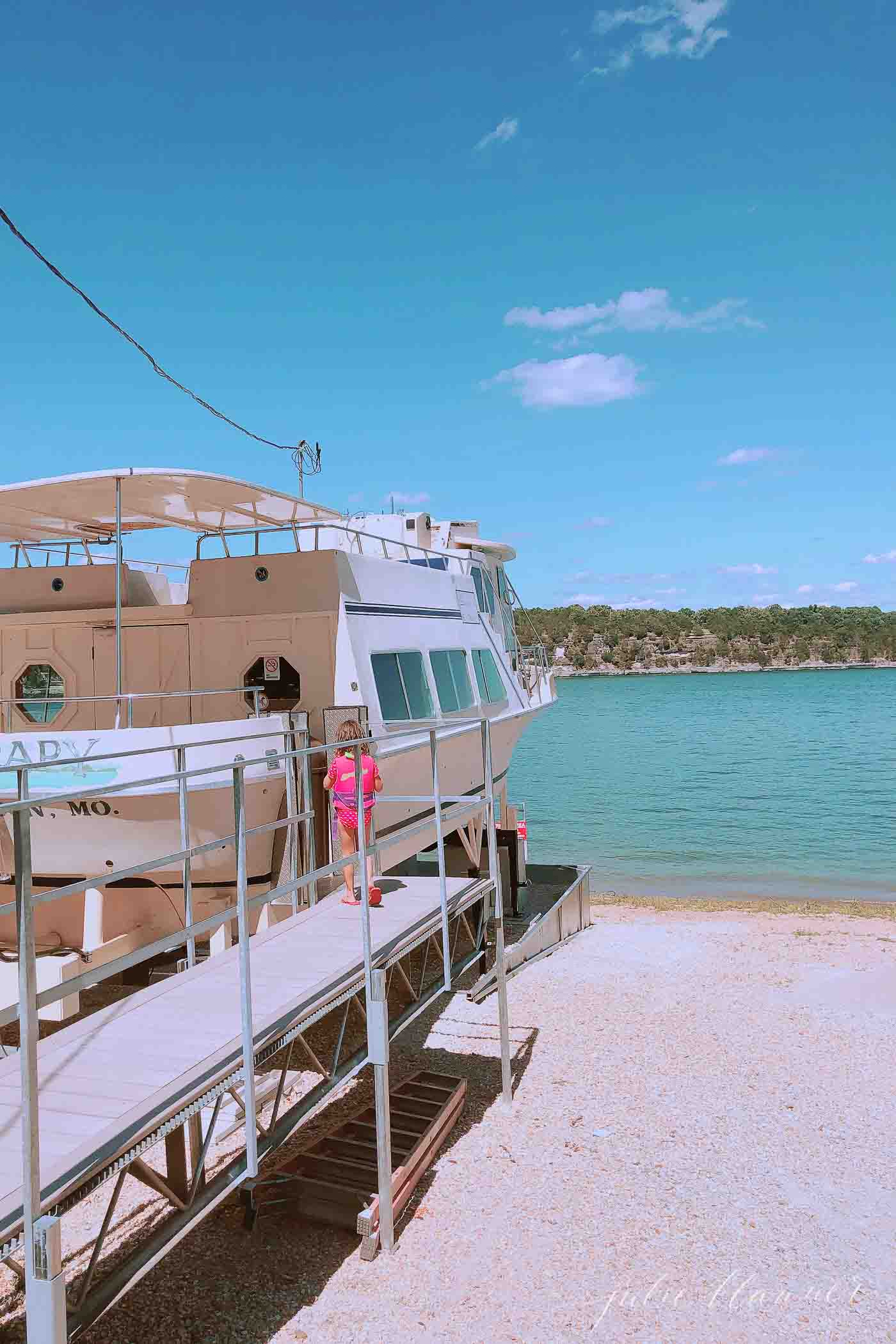 boat restaurant at table rock lake on shore