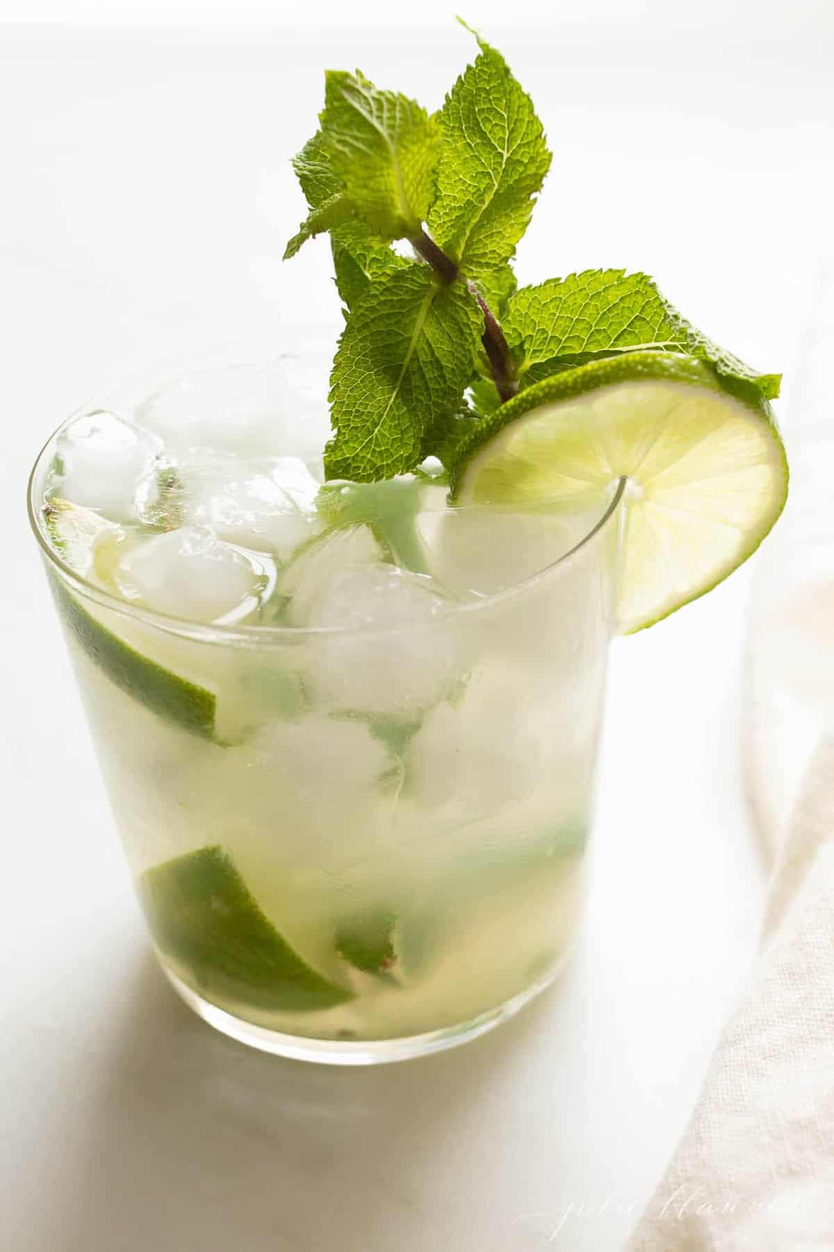 closeup of a skinny mojito