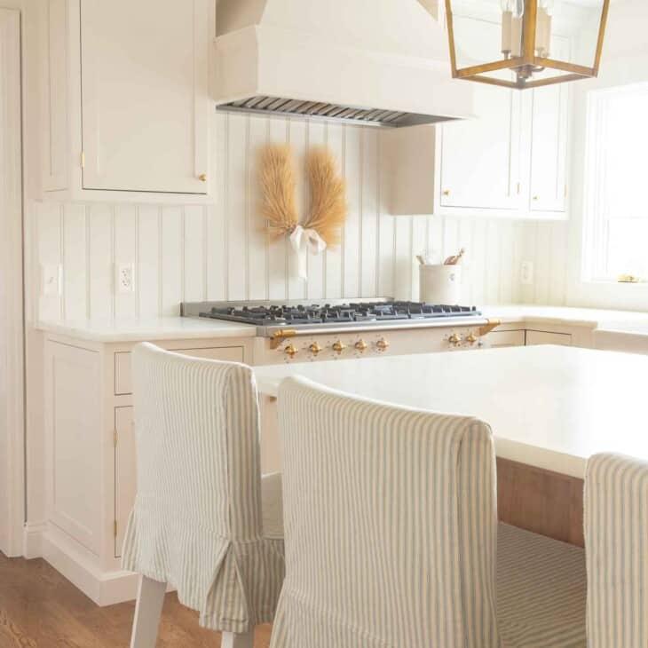neutral kitchen with wheat laurel wreath