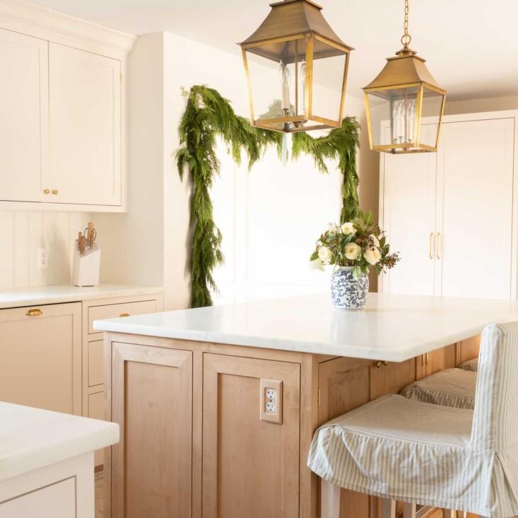 garland in traditional kitchen