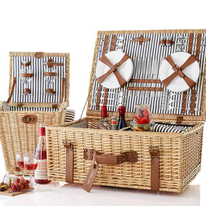 Rolling Wicker Picnic Basket, Set for 6