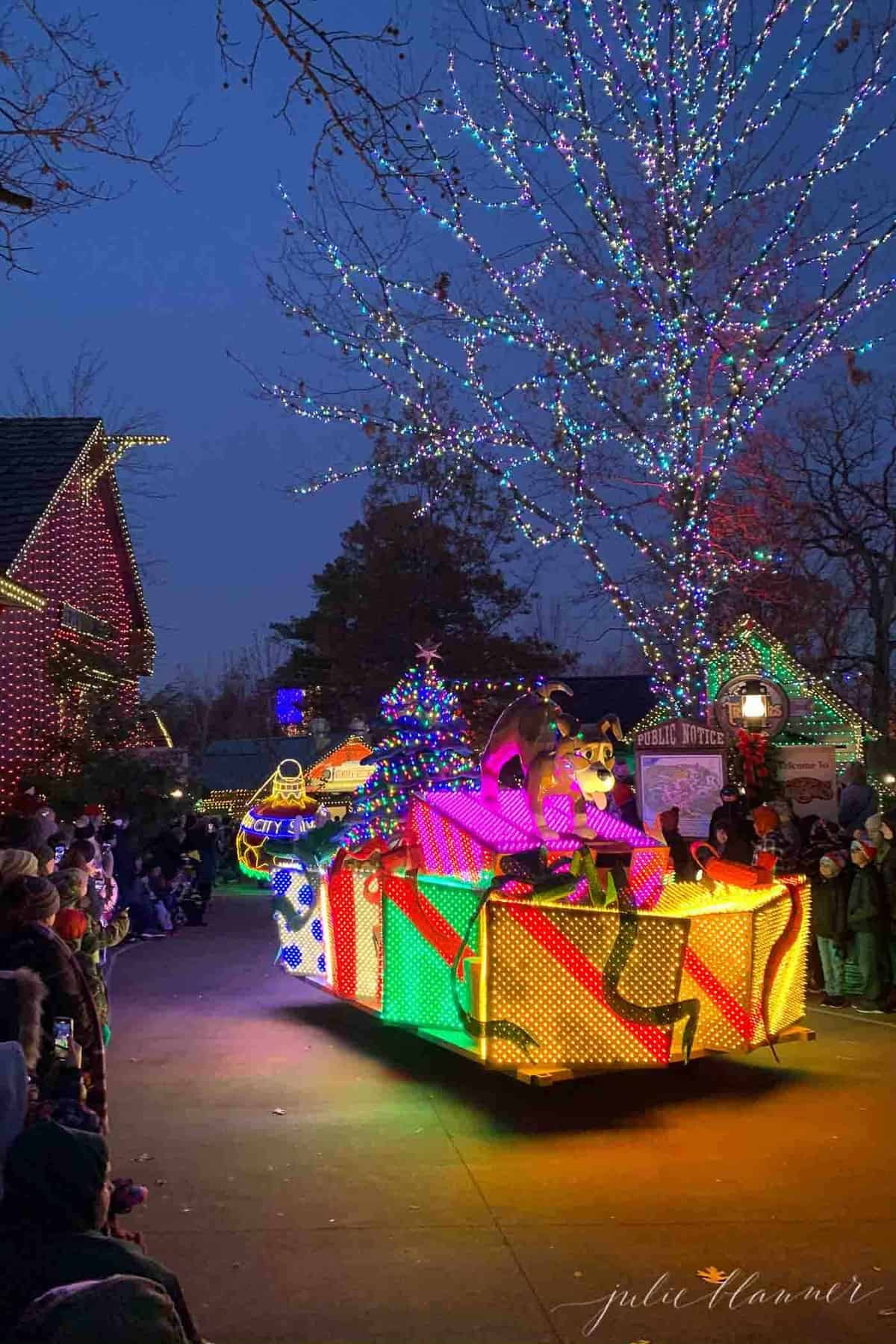 christmas parade at silver dollar city