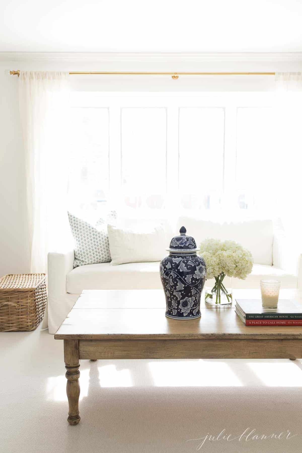 How To Make Your Home Feel Warm And Cozy Even If You Re A Minimalist