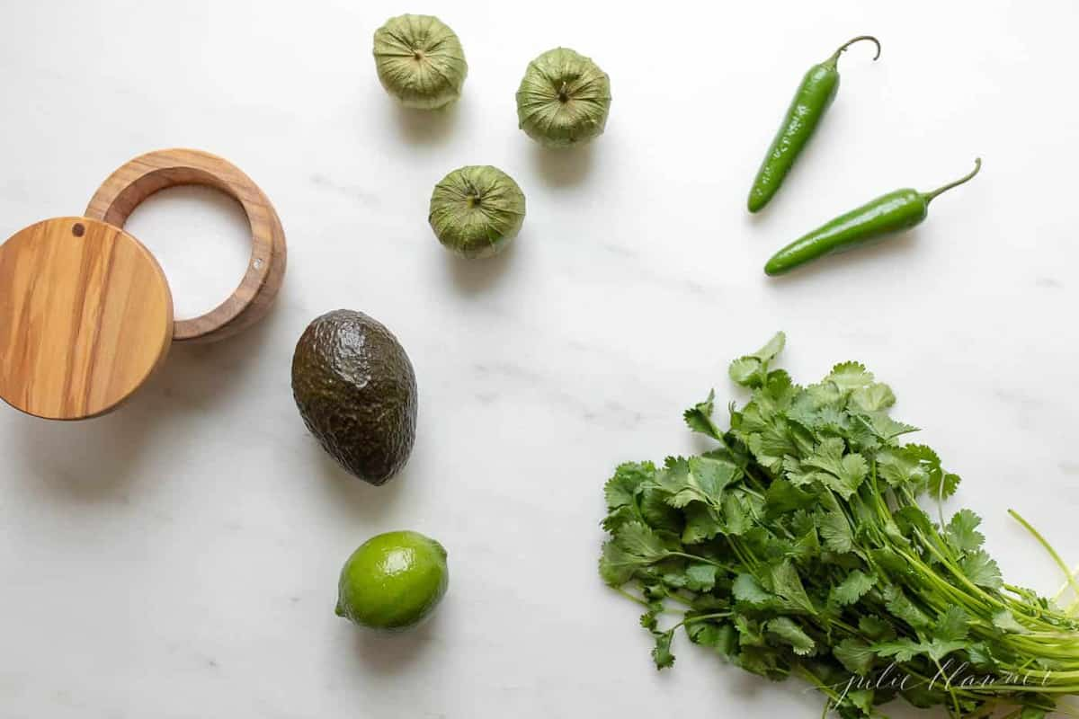 ingredients to make serrano sauce