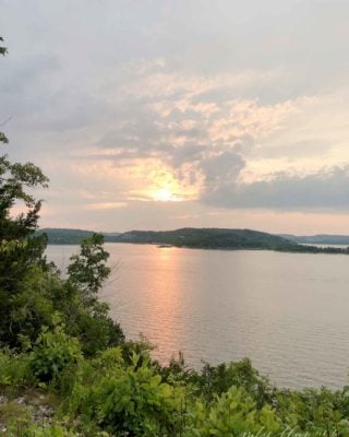 table rock lake sunset