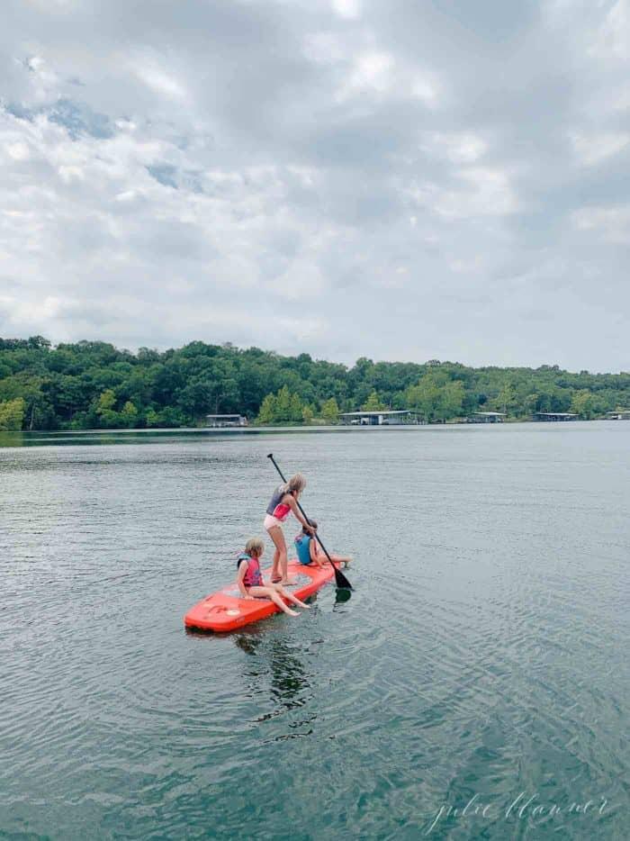 3 girls on paddleboard