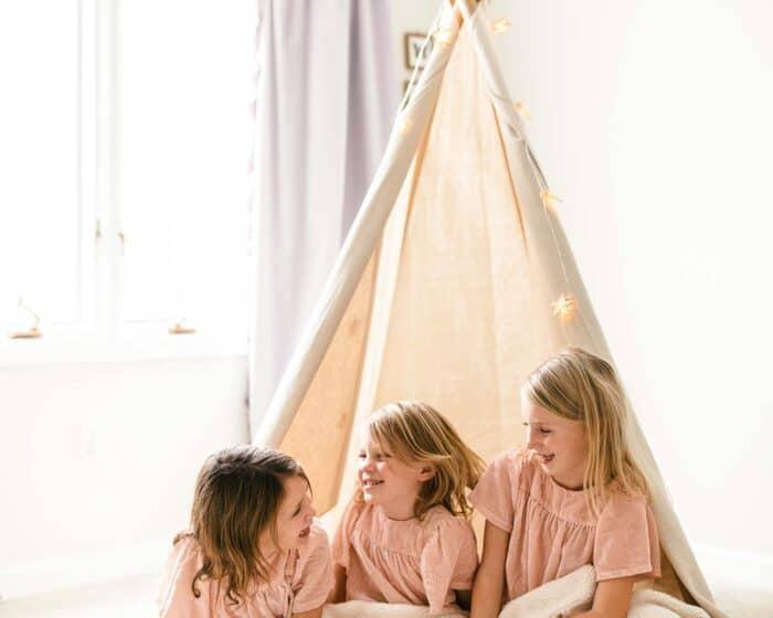 kids in teepee