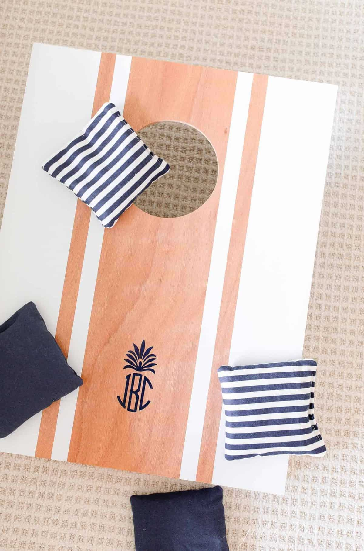 personalized corn hole with stripe bags