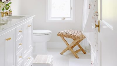 white roman shade in neutral bathroom